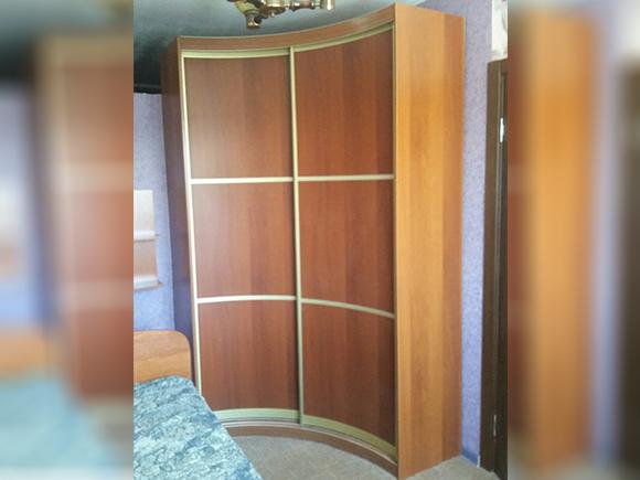 Радиусный шкаф-купе Родион